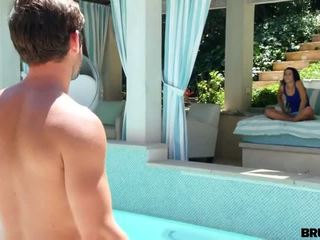 Brute-fucked by a pool boy - Porn Video 531