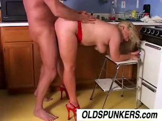Sexy MILF pornstar Lizzy Liques is a hot fuck