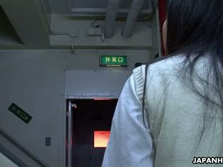 เอเชีย โรงเรียน หญิง การดูด ยาก บน the อ้วน dong