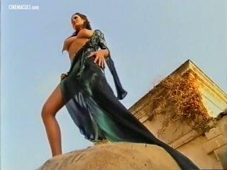 Manuela arcuri - 2001 calendar lava taga, porno d8