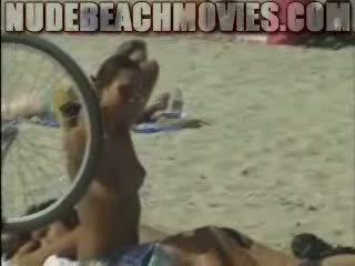 עירום חוף אופניים נערה