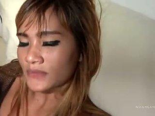 Thai Teen Schön Blowjobs