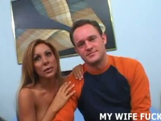 Дивіться інший людина приймати ваш дружин манда для a поїздка