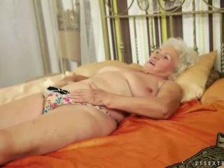 Lusty grandmas sammanställning