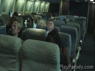 2 أقرن stewardesses علم كيف إلى من فضلك ال passengers