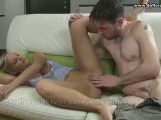 ensimmäistä kertaa, porno videot, barely legal cuties, defloration