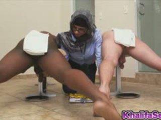 Sexy Mia Khalifa Messure Hard Cock