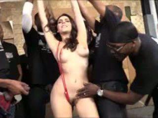 Valentina nappi suck lots of gara cocks for dökmek ýüzüne dökülen