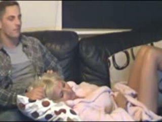 Мати і син спіймана по прихований cammera