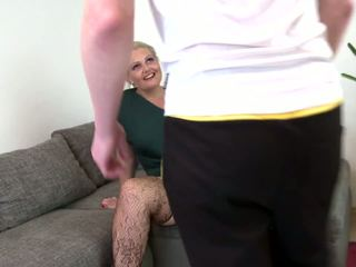 Booty Mature Mom Suck and Fuck Not Her Son: Free HD Porn b2