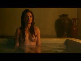 Lucy lawless e viva bianca bagnato e topless