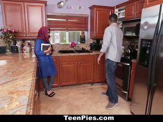 TeenPies - Muslim Girl Praises Ah-Laong Dick - Porn Video 281