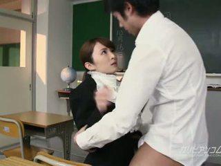 Beauty учител прецака трудно от students
