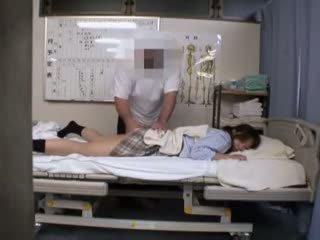 טרי מזוין גדול, החם ביותר יפני, תלמידת בית ספר לראות