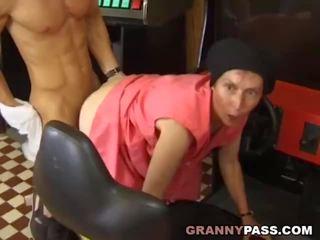 see granny, grannies nice, matures