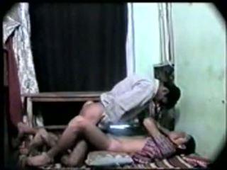 Desi indisch meisje eerste tijd seks met haar boyfriend-on camera