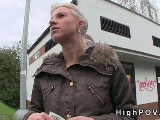 Blonde amateur pipe pov en public