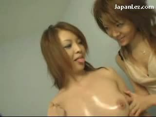 Redhead Girl With Oiled Body Kissing Getting Her Nipples Sucked Pussy Fingered By 3 Girls On The Desk