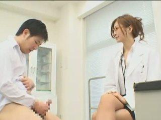 Tekoki okul nurses ward - sahne 2 chunk 1