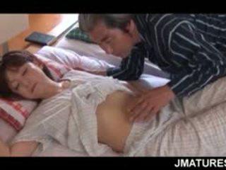 成熟した アジアの 主婦 given a 甘い 朝 プッシー なめる