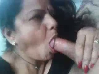 desi- gujju mature aunty receives facial - DesiBate*