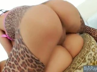Shemale Eva Lin banging hot Katja Kassin