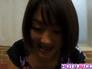 Miyuki hashida sucks dong e gets ejaculações