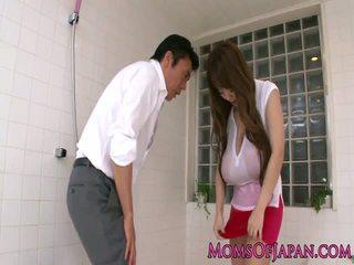 巨乳 亞洲人 媽媽我喜歡操 表現 她的 體內射精