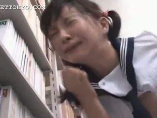 Λογοκριμένο - ασιάτης/ισσα κορίτσι του σχολείου squirts και gets ένα χύσιμο στο πρόσωπο εγώ