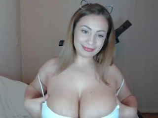 Perfect Body Latina: Free Big Natural Tits Porn Video e1