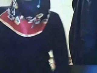 Video- - hijab flicka visning röv på webkamera