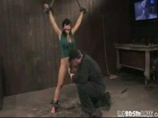 Vroče milf lisa ann suženjstvo fun