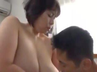 885: mugt big emjekler porno video 2d