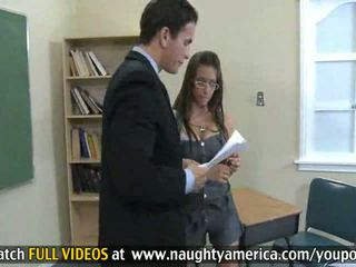 Rachel roxxx gets sie eng muschi filled