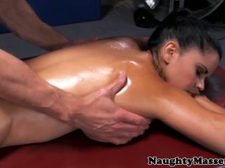 malaki big boobs makita, sa turing massage kalidad, pinaka- hd porn