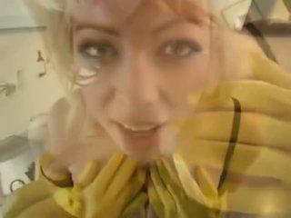 Adrianna nicole で yellow ラバー 手袋 - ポルノの ビデオ 841