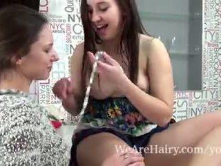 Canella dan alya shon mempunyai lesbian menyeronokkan bersama-sama