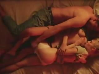 Love: Free Kissing & Amateur Porn Video 9f