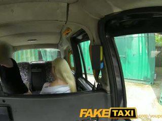 Faketaxi posh blondynka gets a wytrysk