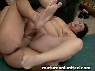 Two 脂肪 ママ bellys と ディック コック