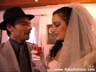 Priscilla salerno ו - axen איטלקי