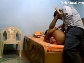 הידי servant מזיין מאוד קשה עם houseowner ב חדר שינה