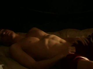 Muscled amateur tw-nk jerking his thick cock