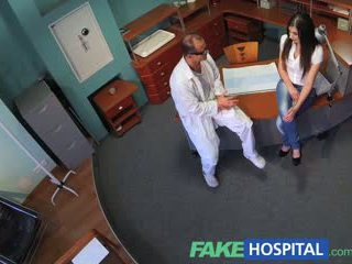 Fakehospital sexually inexperienced patienten wants doctors kuk till vara henne fi