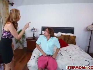 Julia ann और abby lee brazil हॉट trio में the बेडरूम