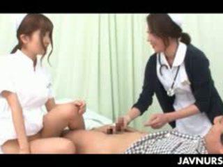 رائع في سن المراهقة الآسيوية ممرضة taking an مدهش جنس ركوب في عمل