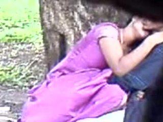 هندي, الهاوي, في سن المراهقة
