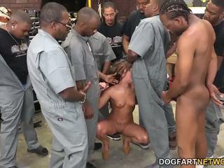 Amirah adara fucks an entire crew von schwarz guys