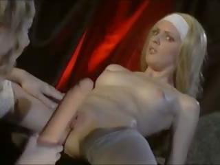 blondīnes, lesbietes, tūpļa