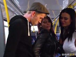 バス 力強いビートの のために セクシー 女の子 madison ivy と ja
